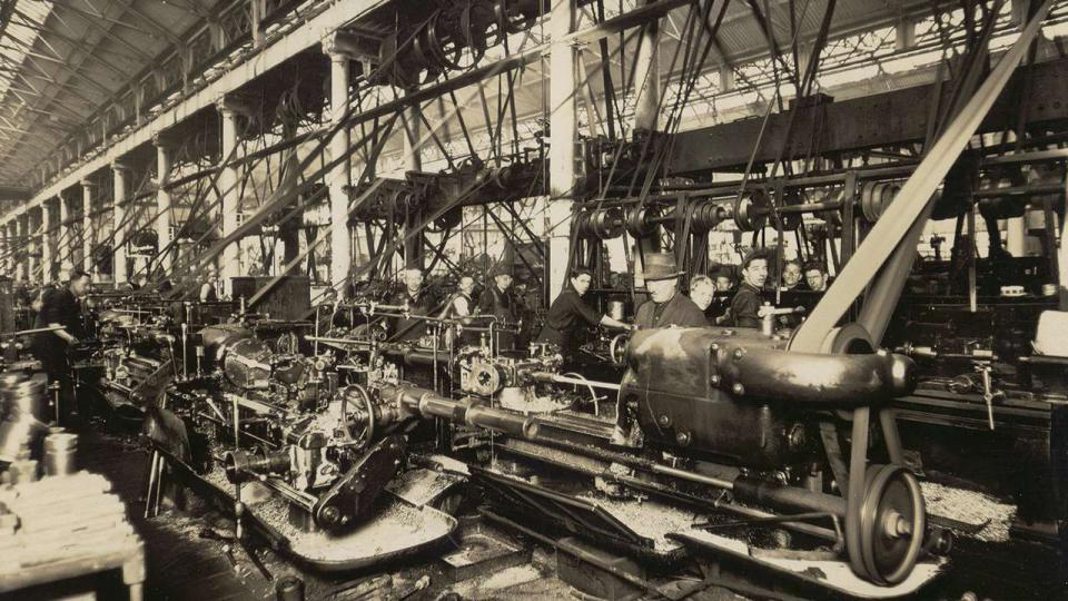Screwing crown stays C36 boiler construction, undated