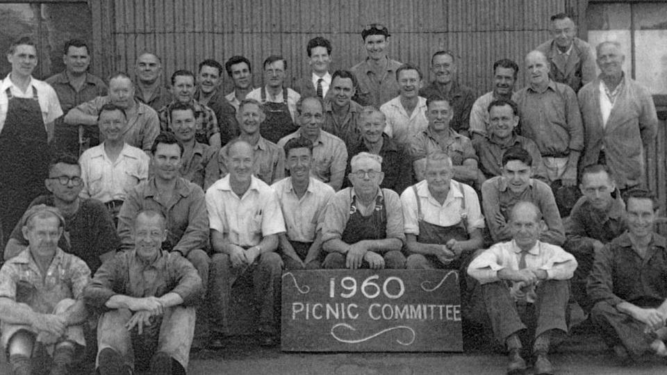 The Eveleigh Picnic Committee of 1960