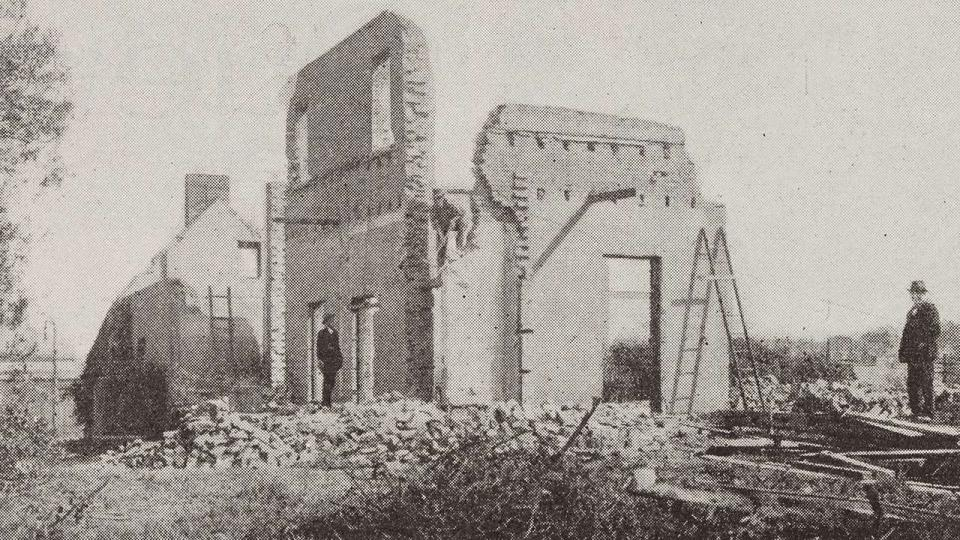 Calder House a few minutes before demolition of the eastern wall facing the railway line