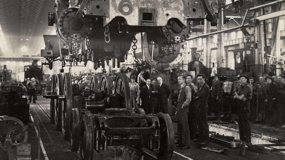 Construction of a C3806 locomotive in the Large Erecting Shop, 16 April 1945