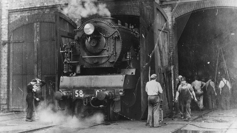 Class 5801 being prepared for a trial run at the Eveleigh Workshops, January 1950