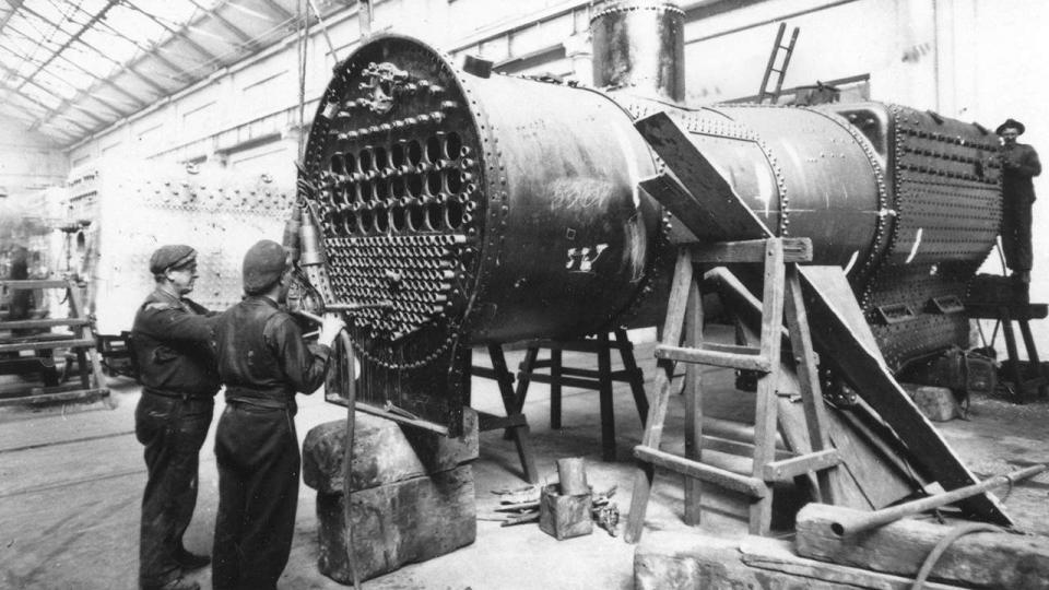 Expanding boiler tubes