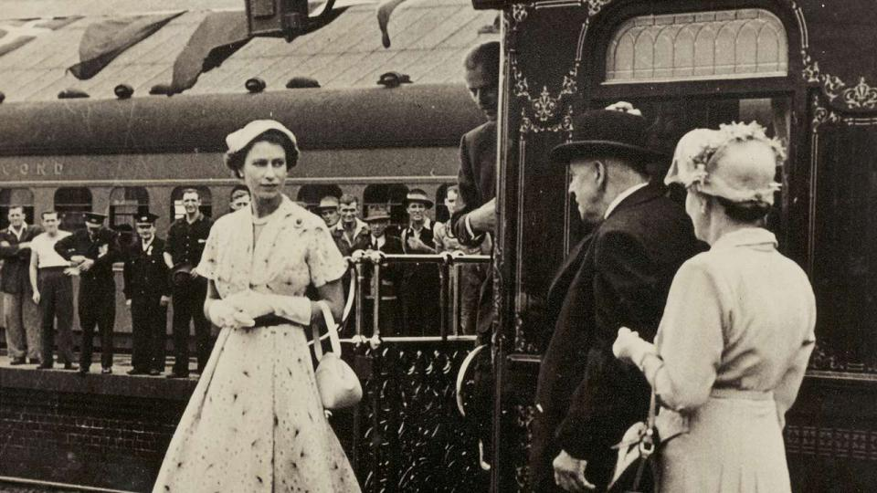 Queen Elizabeth II stepping off the royal train, 1954