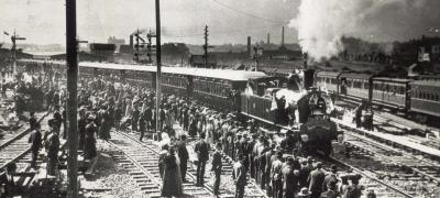 The first train to leave Central Railway Station, 1906