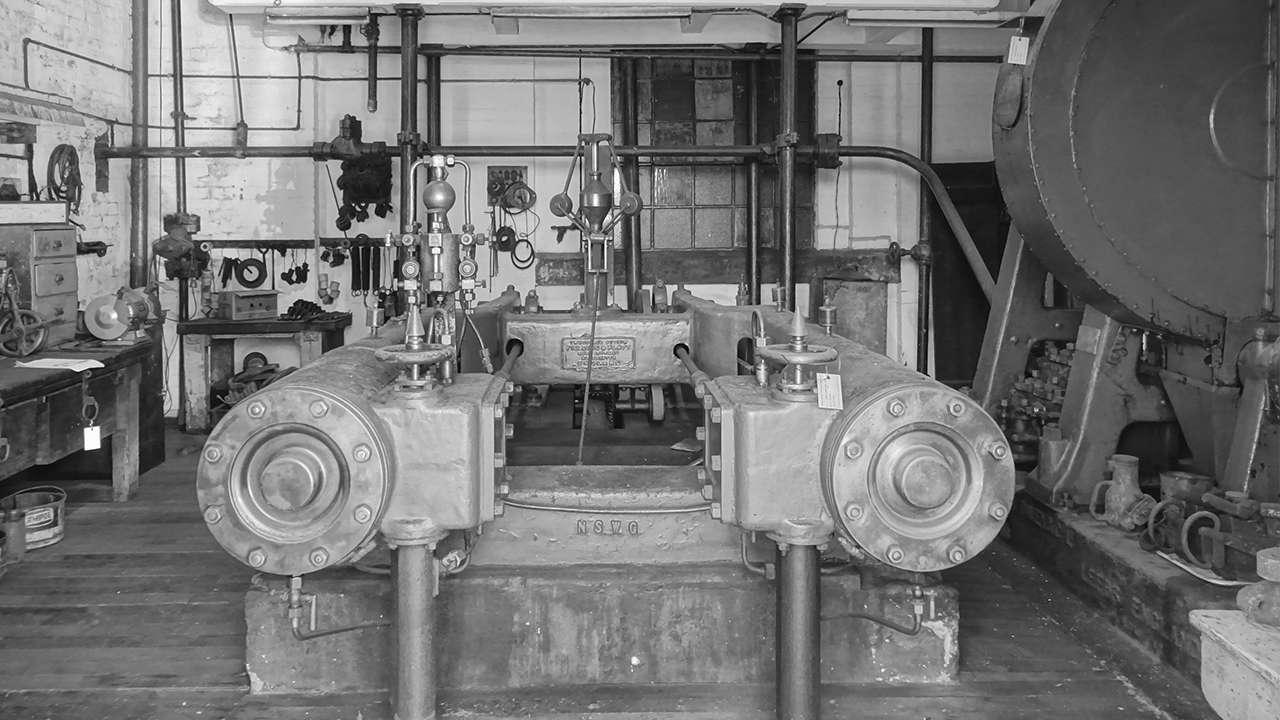 Fielding and Platt Hydraulic System Steam Pumping Engine (4745186), 2015
