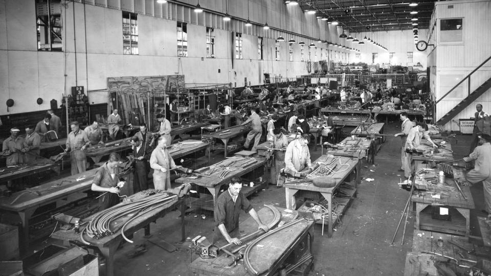 Employees at work in carriage workshops Milton Kent Photo undated.