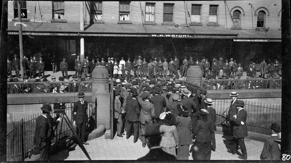 Image thought to be of the 1917 Strike, Railway Institute and Central Court, photographer Scott Hood, circa 1917